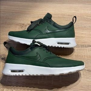 Nike Air Max Thea Premium Sneakers Green Size 6